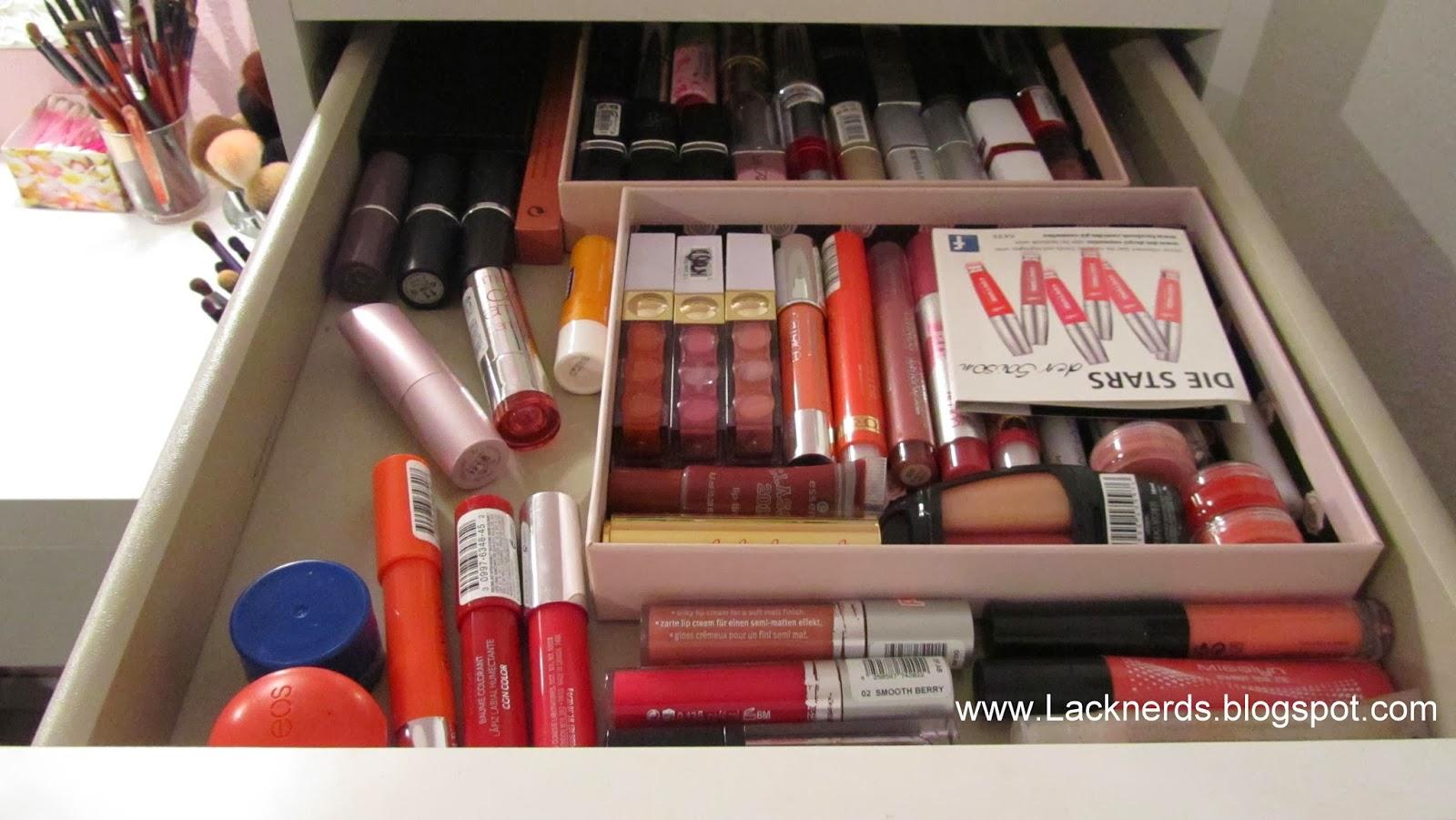 lacknerds mein schminktisch und meine make up aufbewahrung. Black Bedroom Furniture Sets. Home Design Ideas