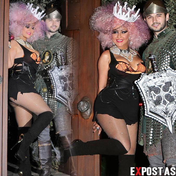 Christina Aguilera em sua festa de Halloween - Beverly Hills - 27 de Outubro de 2012
