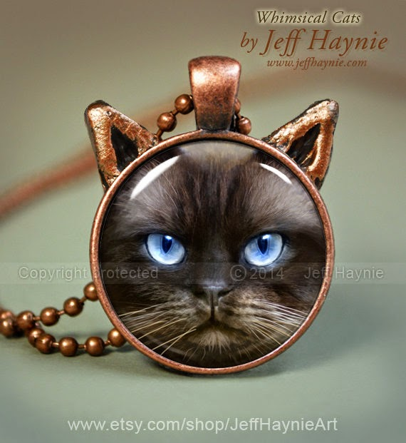 23-Himalayan-Cat-Necklace-Jeff-Haynie-Cats in Drawings-Paintings-and-Jewelry-www-designstack-co