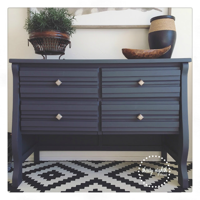 stacked wood drawer fronts, how to refinish furniture for cheap, how to paint furniture using chalk paint, relic, chalky paint