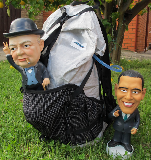 statues of obama and churchill with hmg southwest windrider backpack
