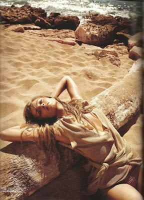 Anna Maria Jagodzinska Vogue Magazine Wallpapers