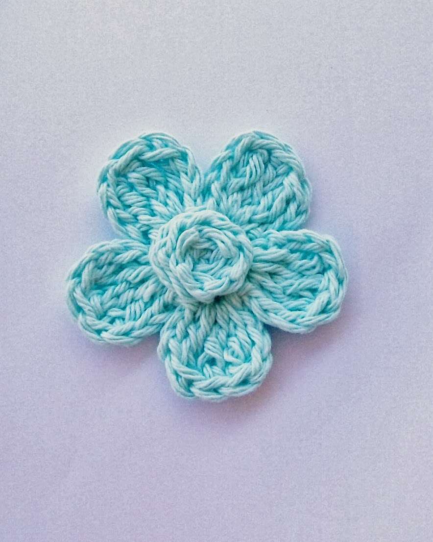 Free Crochet Patterns Flowers Easy : Flower Girl Cottage : Free Crochet Flower Pattern