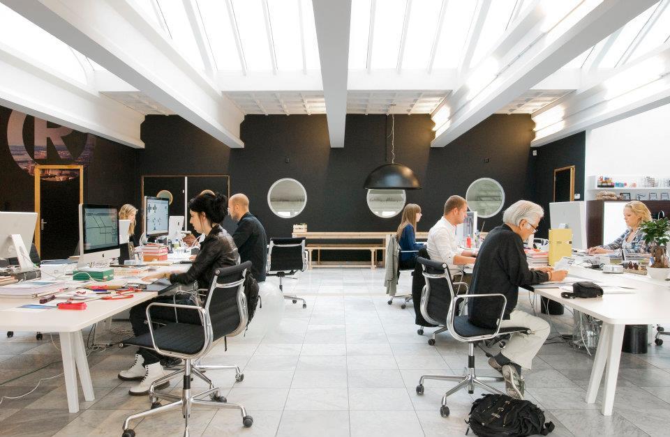 Comunidad coworking oficinas que inspiran tomorrow design for Bolsa de trabajo oficinas de gobierno