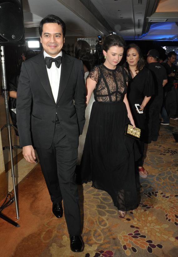 Angelica Panganiban and John Lloys Cruz at the Star Magic Ball