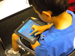Blind student using iPad