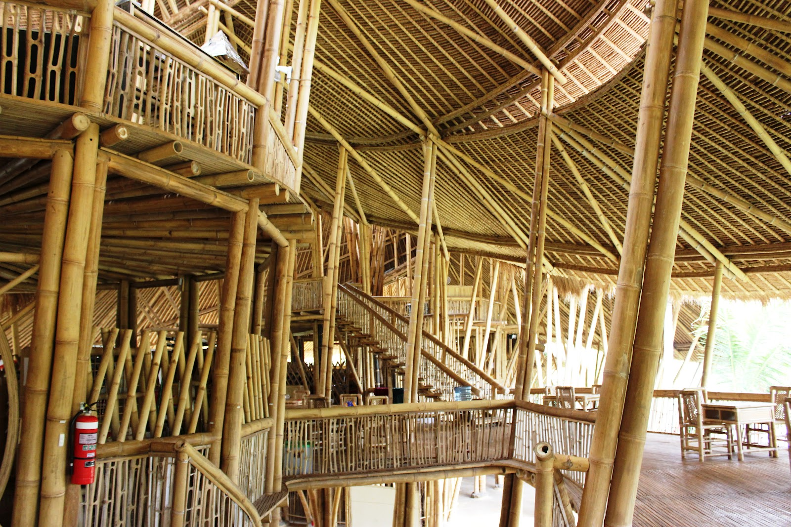 This bamboo life green school ubud - The house without walls ...