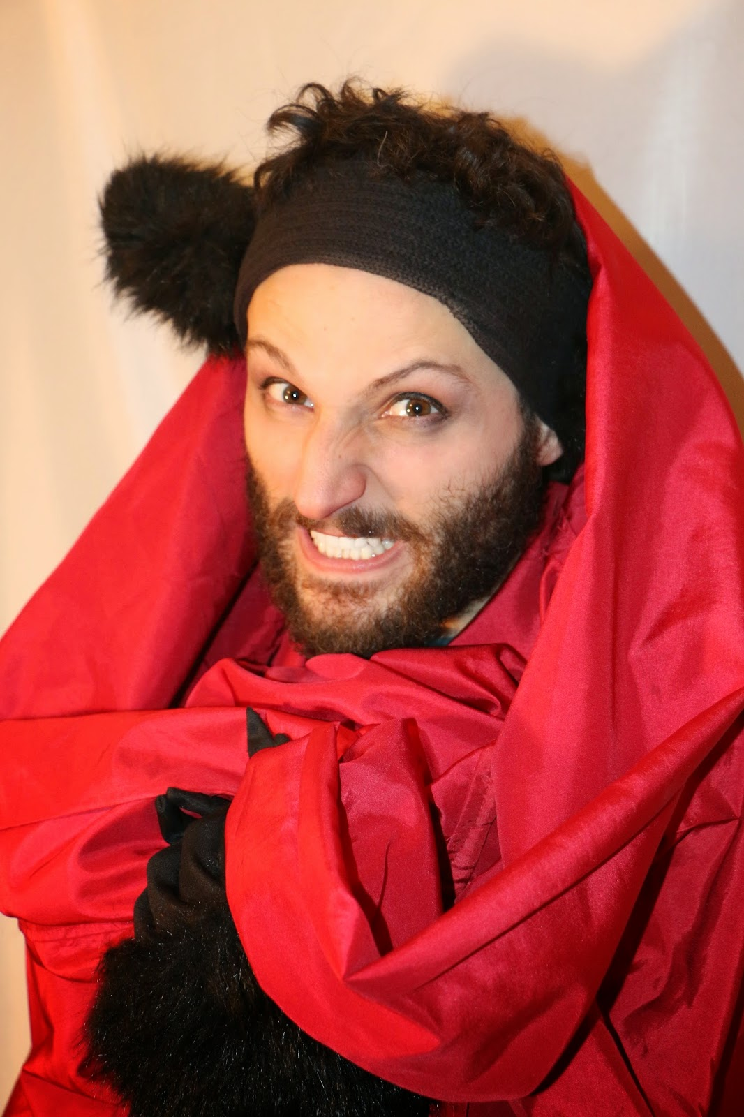 THE CHARMING BIG BAD WOLF-1I-RED RIDING HOOD 2015--GLEAMS THEATER--IRA SOKOLOVA- PHOTO: SHAHRZAD GHAFFARI WESTMOUNT, QUEBEC, CANADA