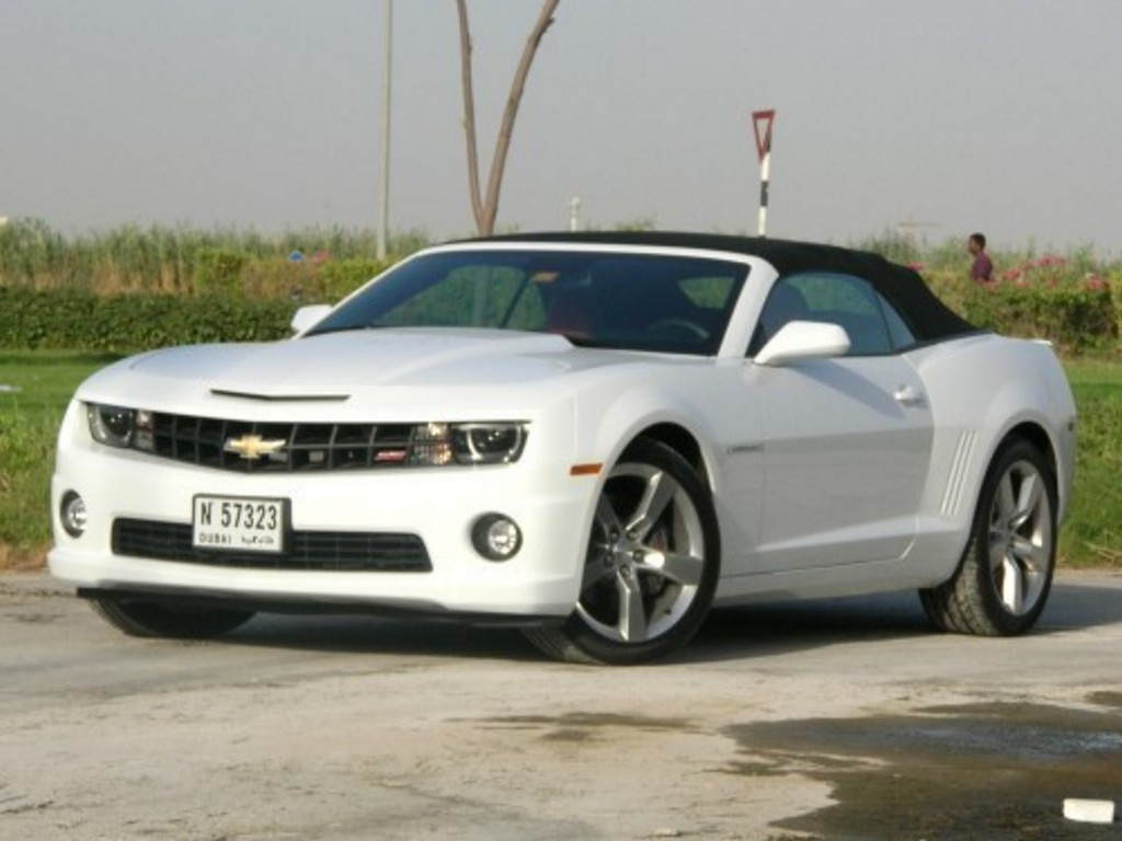 car pictures 2012 chevrolet camaro ss convertible the new muscle extra pictures. Black Bedroom Furniture Sets. Home Design Ideas