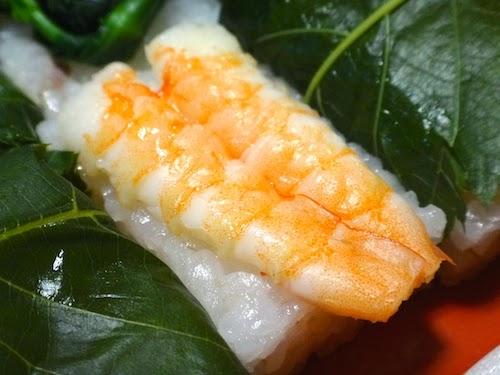 ぷりぷり食感がたまらない海老。金沢さくら寿司