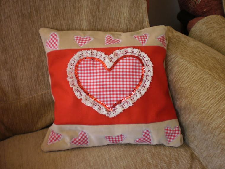 Walentynkowa poduszka