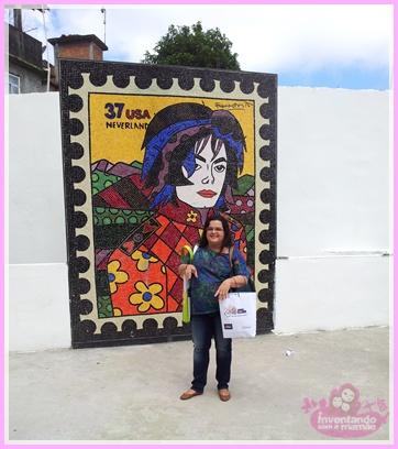 Laje Michael Jackson na comunidade Santa Marta