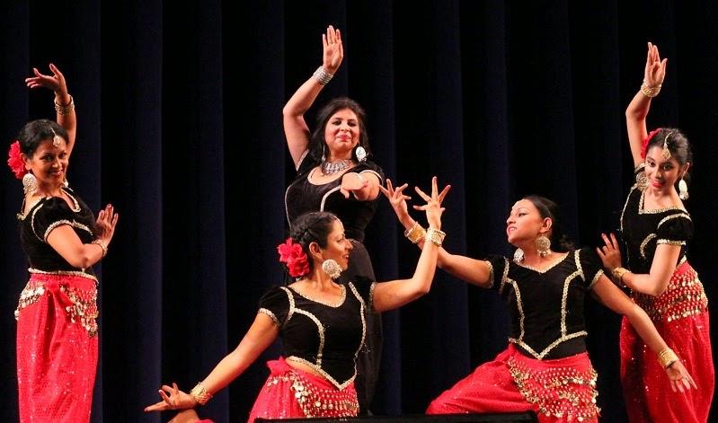 Rema Lahiri and dancers at Bollywood Musical Night, Edison, NJ | photo: Prasenjit Khanikar