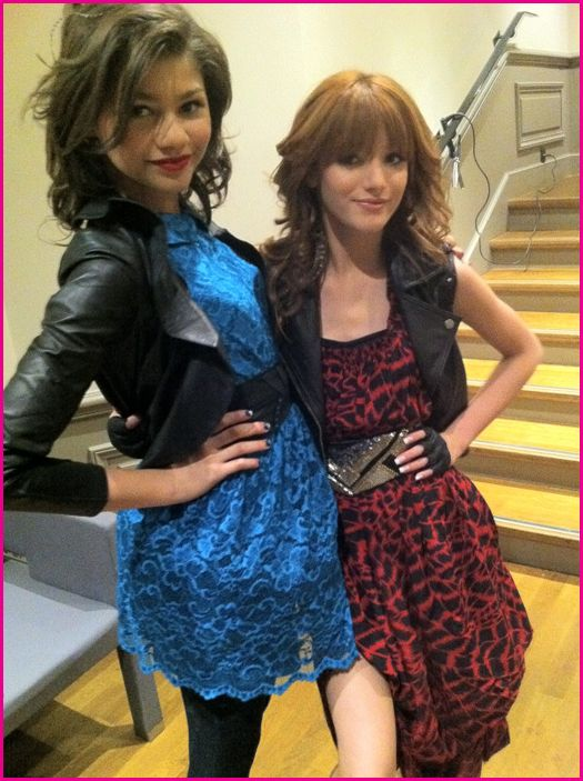 bella Thorne & Zendaya Coleman A Todo Ritmo Fashion is my