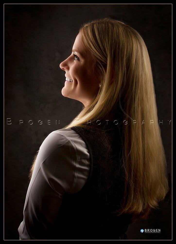 Burlington MA, Executive Portraits, Business Portraits, Corporate Real Estate, Corporate Headshots, Business Headshots, Sports League Photography, Youth Sports Photography, Senior Portraits, Senior Pics, Senior Pix, Family Portraits, Childrens Portraits