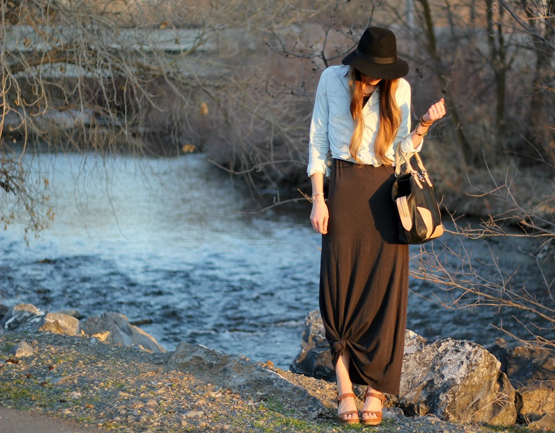 Knotted Maxi