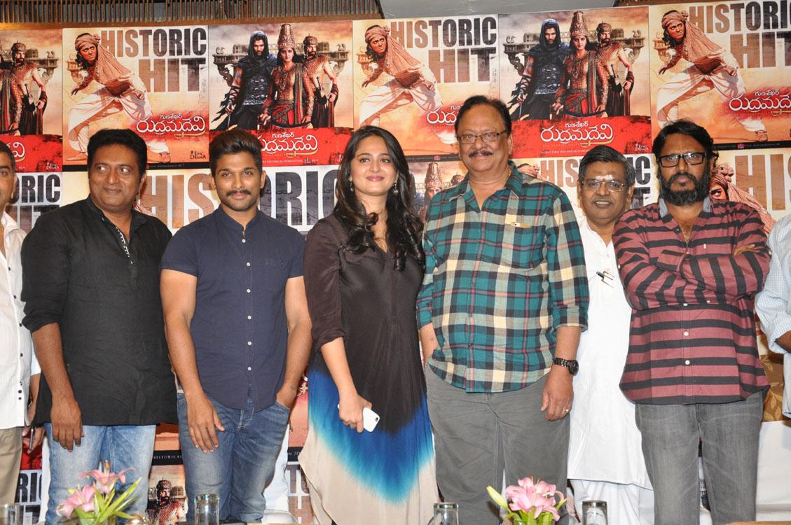 Rudramadevi movie success meet photos-HQ-Photo-3