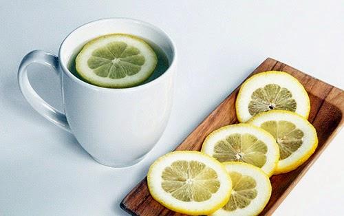 8 lý do bạn phải uống nước chanh mỗi ngày
