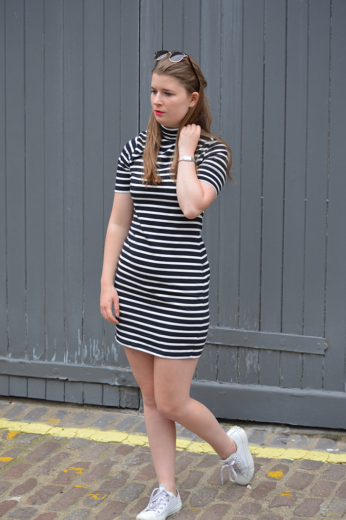 stripe dress fashion bloggers
