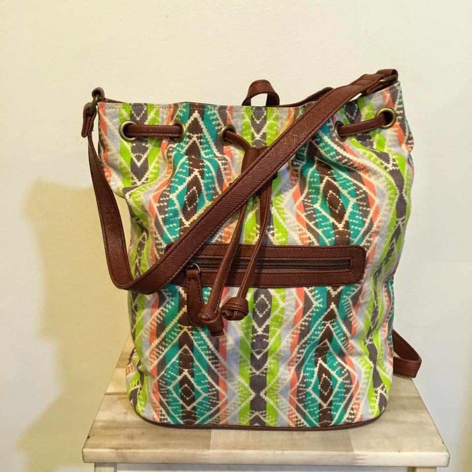 Sunshine and Citrus Bags; A Modern Mom's To-Go Bag