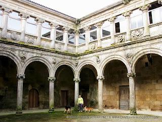 Lugares monasterio santa mar a montederramo fonte do for 11 marine terrace santa monica