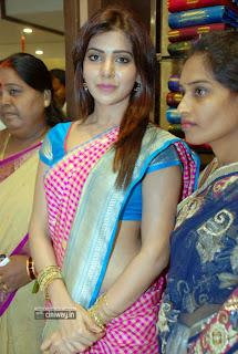 Samantha-Still-at-Kalanikethan-Fashion-Mall-Launch