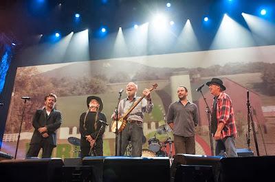 Farm Aid 2013 Photo, John Mellencamp, Willie Nelson, Pete Seeger, Dave Matthews, Neil Young