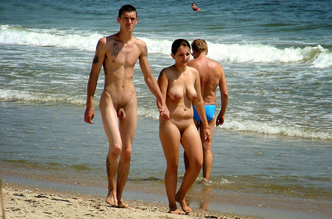 Nudism - Photo - HQ : Nude family - beach sandy hook ...