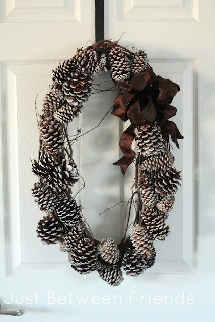 wreath-made-with-pinecones