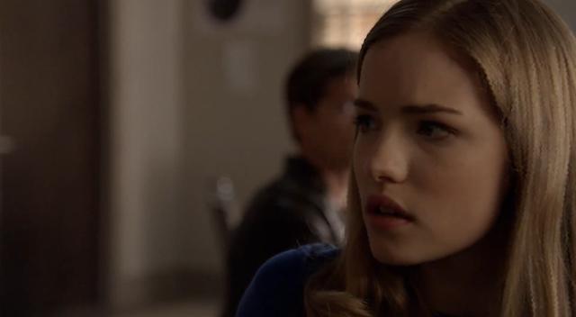 Clip del 1x02: 'Hello, Emma'