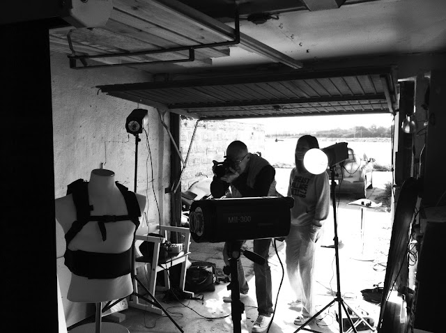 kori back protector back pack photo shooting in garage
