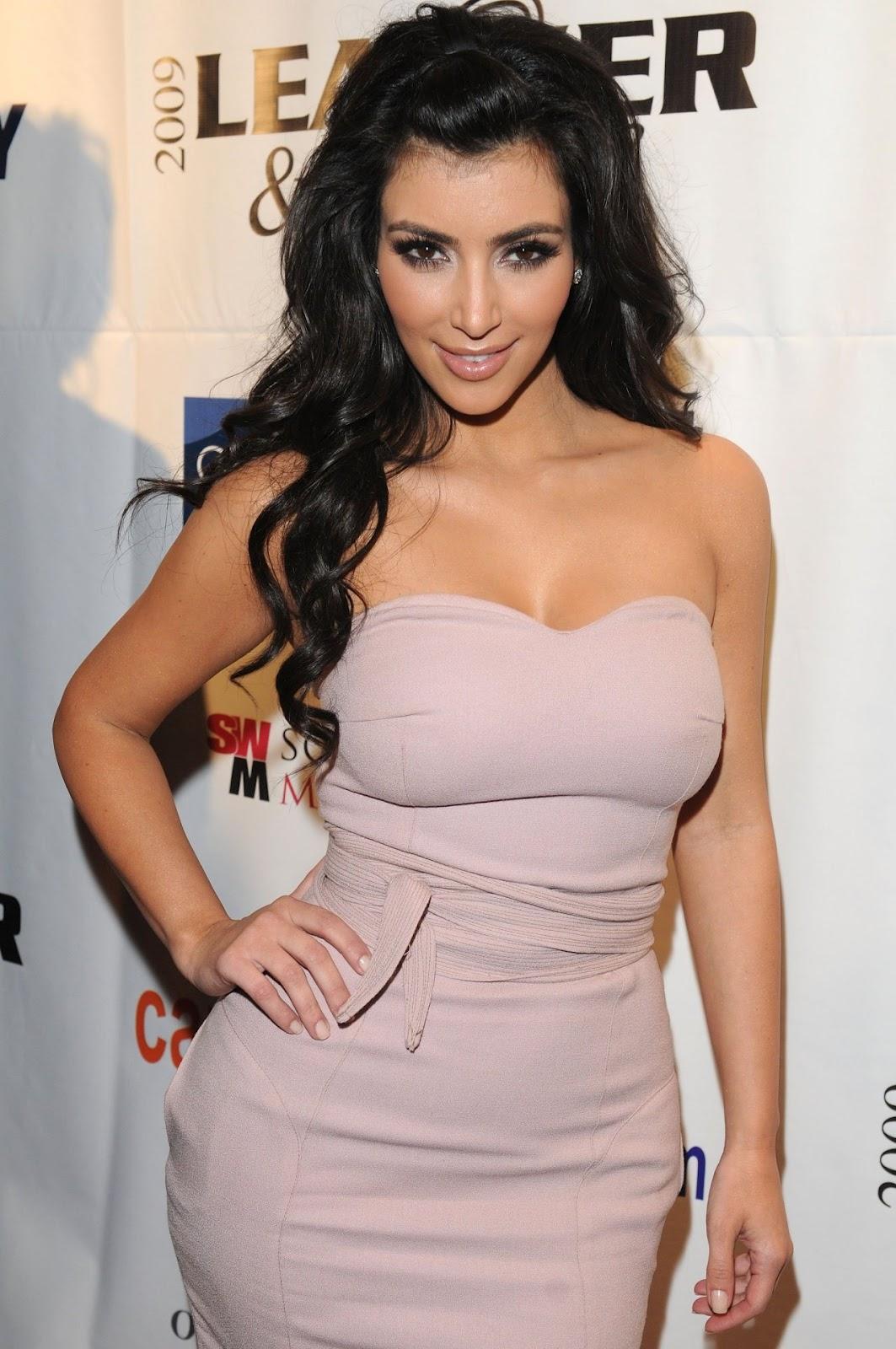 imagenes de kim kardashian sin ropa - Kanye West publica fotos íntimas de Kim Kardashian