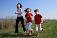 Selain Gizi Olahraga Juga Penting Untuk Pertumbuhan Anak