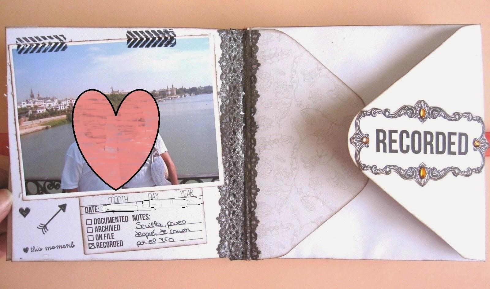 foto 7 decoración interior LOVE mini-album, a la izquierda parte trasera de la tarjeta CORAZÓN