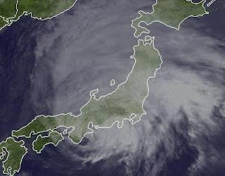 Ex-Taifun GUCHOL (BUTCHOY) Landfall Japan, Guchol, Butchoy, aktuell, Satellitenbild Satellitenbilder, Radar Doppler Radar, Juni, 2012, Japan, Taifunsaison,