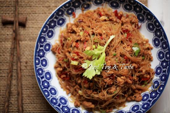 Resep Bihun Pedas dengan Ayam Cincang a la Szhecuan
