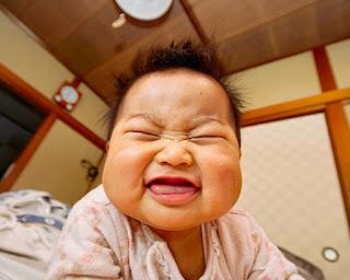 Bayi Tembem Lucu