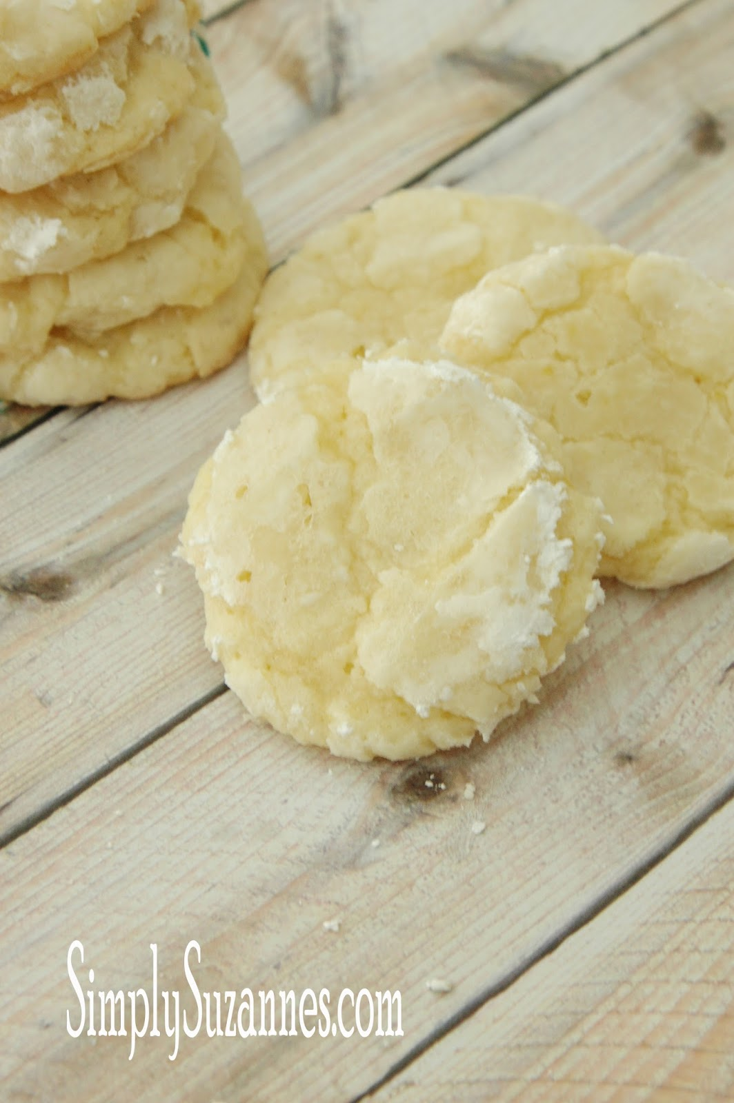 ... that there are a few different Lemon Crinkle Cookie recipes out there