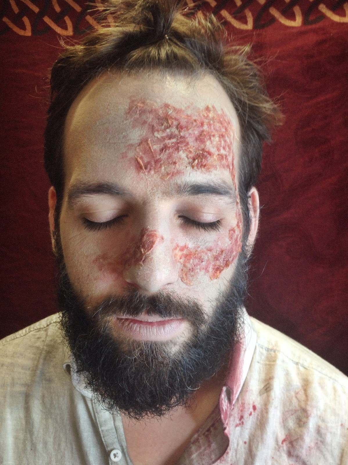 maquillage zombie avec barbe