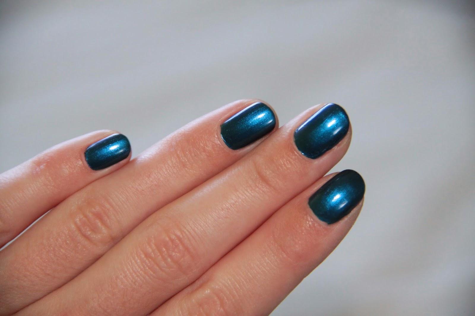 Vernis Kiko, 520 Gentian Blue Metallic, swatch