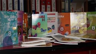 Serbia s'lejon kamionët me libra shqip për në Preshevë