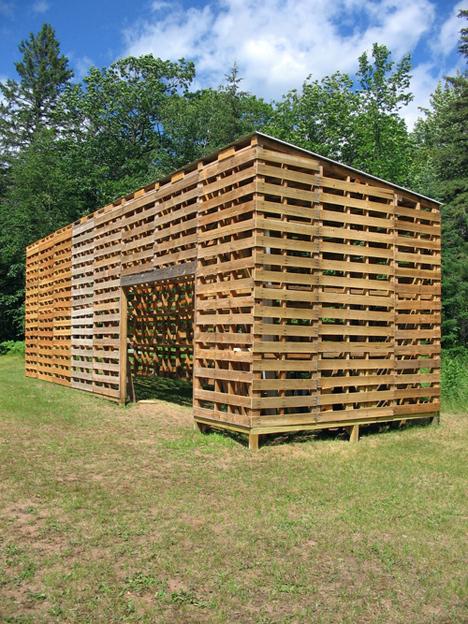 Caba a construida con palets - Casas con palets de madera ...