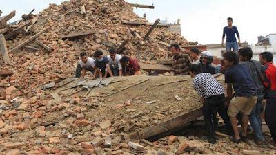 A un mes del gran terremoto, los muertos suman 8.648