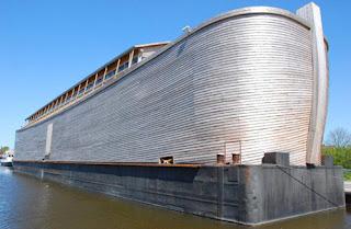 Foto Replika Kapal Nabih Nuh di Belanda