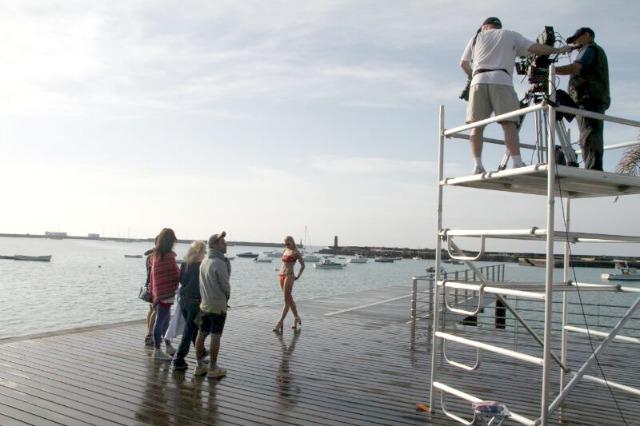 Lanzarote_en_el_catálogo_de_verano_de_El_Corte_Inglés_03