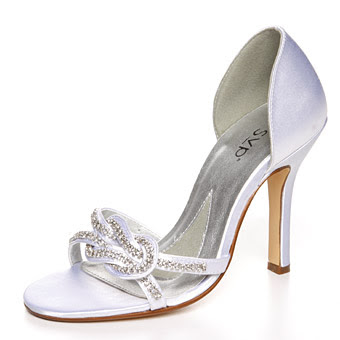 Elegant Glamour Wedding Shoes