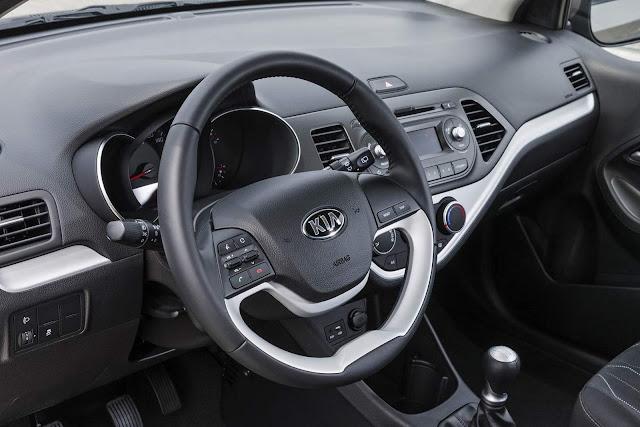 Kia Picanto 2016 1.0 Flex - interior