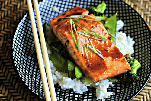 Honey & Teriyaki-Glazed Salmon With Stir Fried Veggies ~ Is Yummy