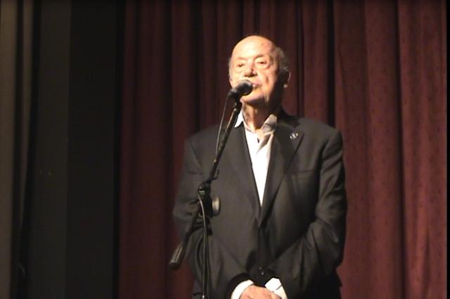 Ο Πατριάρχης της Ελληνικής μουσικής Μίμης Πλέσσας στη Κυπαρισσία