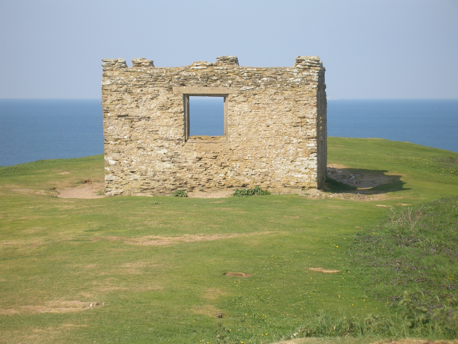 King arthurs tomb is to be found at the isle of avalon king figure 62 showing the huers hut on the top of burgh island when the first hotel was built the hut had been a tea room so that walkers could rest there fandeluxe Images